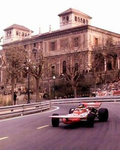 #18 Ronnie Peterson...STP March Racing Team...March 711...Motor Ford Cosworth DFV V8 3.0...GP España 1971