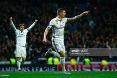Toni Kroos of Real Madrid celebrates as he scores their second goal during the UEFA Champions League Round of 16 first leg match between Real Madrid CF and SSC Napoli at Estadio Santiago Bernabeu on February 15, 2017 in Madrid, Spain.