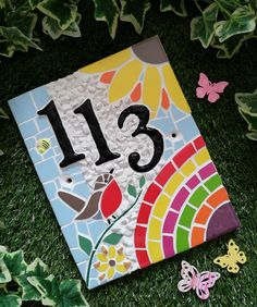 Handmade mosaic House Number. Robin, Rainbow, Sunflower. Wooden Keepsake Box, Keepsake Boxes, Art Craft Store, Craft Stores, Home Crafts, Arts And Crafts, Picnic Blanket, Outdoor Blanket, Mosaic Flower Pots