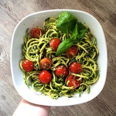 #lunch #zuchininoodles with #vegan #pesto  #veganpesto #spinach #basil #noodles #zuchini  #zuchinipasta #courgette #courgettenoodles #courgettespaghetti #tomatoes #vegetarian #healthy #diet #healthydiet #yum #yummy #delicious #food #foodpic #instafood #foodstagram #green #summer #love #healthyfood #dinner