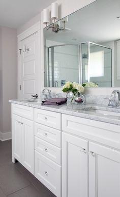 Trendy Bathroom Paint Colors With White Vanity Marble Countertops Ideas Grey Countertops, Vanity Countertop, Kitchen Countertops, Marble Counters, Grey Bathrooms, Beautiful Bathrooms, Bathroom Gray, Bathroom Modern, Master Bathroom