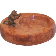 Antique marble ash tray with Vienna Bronze monkey figure, early century Marble Tray, Vintage Ashtray, Little Monkeys, Ruby Red, Vienna, Rust, Decorative Bowls, Bronze, Antiques