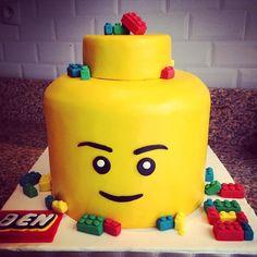 Lego cake - Gâteau Lego - Une affaire de desserts Marseille