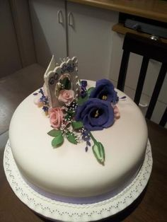 Purple and pink Birthday cake for a woman - 60 years