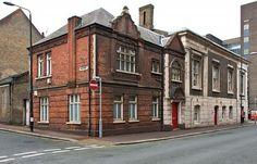 Calderwood St