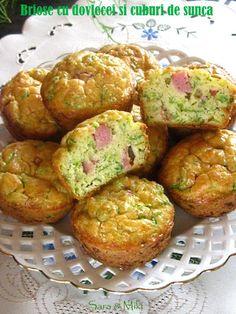 briose-cu-dovlecei-si-cuburi-de-sunca-1 Baby Food Recipes, My Recipes, Cooking Recipes, Healthy Recipes, Appetizer Recipes, Appetizers, Quiche, Good Food, Yummy Food