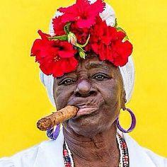 Amateur chubby older salvadorian women — photo 2