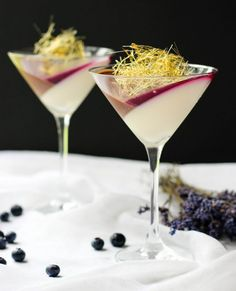 Lavender Chocolate Panna Cotta With Blueberry Jello Surprise yourself and your family with this fancy looking and absolutely scrumptious Lavender Chocolate Panna Cotta. Silky, smooth and easy to make dessert. Easy To Make Desserts, Elegant Desserts, Fancy Desserts, Beautiful Desserts, Summer Desserts, Easy Sweets, Easy Chocolate Lava Cake, Chocolate Desserts, Red Wine Pasta Sauce