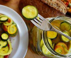 Refrigerator zucchini pickles...yum!!