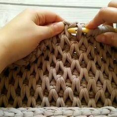 curtidas, 26 comentários – Вязание как искусство ( – Knitting patterns, knitting designs, knitting for beginners. Crochet Afghans, Tunisian Crochet, Knit Crochet, Knitting Patterns, Crochet Patterns, Mode Crochet, Crochet Purses, Crochet Videos, Knitting Stitches