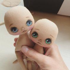 """555 Likes, 14 Comments - Олли (@kukla_olly) on Instagram: """"Две малютки;) куколки маленькие, свободные, как закончу выложу с описанием #dolls #doll…"""""""