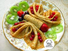 30 Interesting and Creative Food Decoration Ideas - Hobby Lesson Cute Food, Good Food, Yummy Food, Amazing Food Art, Food Sculpture, Food Carving, Fingers Food, Food Decoration, Fruit And Veg
