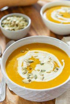 Butternut Squash Soup - So Easy, and So Much Flavor! Butternut Squash Soup via Gourmet Recipes, Soup Recipes, Cooking Recipes, Cooking Stuff, Cooking Tips, Butternut Squash Soup Crockpot, Roast Pumpkin Soup, Paleo, Keto