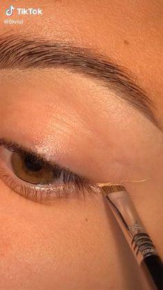 Indie Makeup, Edgy Makeup, Glamour Makeup, Makeup Eye Looks, Eye Makeup Art, Crazy Makeup, Smokey Eye Makeup, Simple Makeup, Skin Makeup