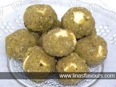 Green Gram Ladoos made from green gram flour is nutritious and tempting Healthy Indian Recipes, North Indian Recipes, Indian Dessert Recipes, Healthy Deserts, South Indian Food, Indian Sweets, Simple Recipes, Indo Chinese Recipes, Gujarati Recipes