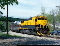 RailPictures.Net Photo: NYSW 4006 New York, Susquehanna & Western (NYS&W) GE B40-8 (Dash 8-40B) at Franklin, New Jersey by Robert Pisani