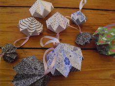 Als ich auf der Suche nach schönen Bastel-Ideen für diese 24 Tage Bastel-Challenge war, war ich überrascht, was man alles dekoratives aus einfachem Papier machen kann! Ich bin nicht unbedingt ein Origami-Held, aber ein paar Ideen habe ich