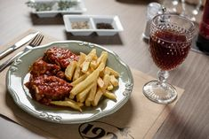Rosto (pork leg in fresh tomato sauce with garlic) is a traditional and delicious dish of Naxos' cuisine! In we serve it with fried or mashed Naxos potatoes. Pork Leg, Raw Materials, Tomato Sauce, Tasty Dishes, Mashed Potatoes, Fries, Food Photography, Garlic, Kitchens