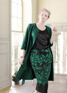 Breathing new life into classic femininity! Discover Marina Rinaldi Elegante Collection!