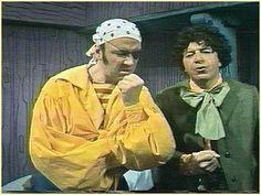 Le Pirate Maboule est une émission de télévision québécoise diffusée de 1968 à 1971 à Radio-Canada. Mais la série a commencé dans La Boîte à Surprise. Les épisodes de la période 1967-1968 ont été intégrés dans la série Le Pirate Maboule. Cartoon Tv, Classic Tv, Childhood Memories, Pirates, Retro Vintage, Tv Shows, Culture, Comics, Kids