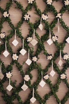 Beautiful lattice trellis pattern for an escort card display