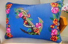 χειροποίητο μαξιλάρι-fair trade-με κέντημα