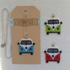 beaded bus - also beaded piece of cake Seed Bead Patterns, Beaded Jewelry Patterns, Peyote Patterns, Beading Patterns, Seed Bead Projects, Beading Projects, Fuse Beads, Beads And Wire, Motifs Perler