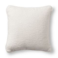 frontgate, terry cloth white outdoor pillow,  #CLshowhouse
