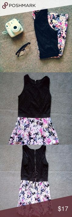 """Floral Print Romper Gorgeous romper with black lace type on top and floral bottom, with a cut-out in lower back. Previously loved but in EUC! (excellent used condition;) Not worn out, no tears or anything. From the waistband down it measures 15"""" . This romper is so feminine and flattering, I always got so many compliments when wearing it! Tags got cut out but fits size small, could even fit an xs. Mossimo Supply Co. Pants Jumpsuits & Rompers"""