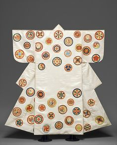 Noh Costume (Nuihaku) with Scattered Crests | Japan | Edo period (1615–1868) | The Metropolitan Museum of Art