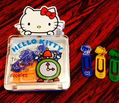 1976 hello kitty vintage paper clip set