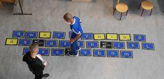 Home - Letterhinkelen Cooperative Learning, Fun Learning, Spelling, Teaching, Stage, Learning, Education, Games, Scene