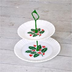 Cake Stand, Pastry Stand, Dessert Table, Christmas Party. Christmas Holly: Tiered Serving Stand, Termocrisa Holly Milk Glass
