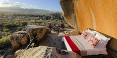 This would be my idea of the ultimate luxury - sleeping in a soft bed under the stars! Star Suite - Unique Romantic Holiday in Cederberg, Ceres. Hotel No Lago, Lake Hotel, Hotel Suites, Hobbit Hotel, Private Games, Sleeping Under The Stars, Rock Pools, Game Reserve, Best Hotels