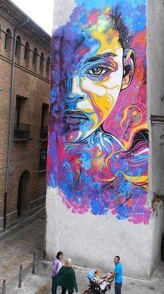 Street Art by in Tudela, Spain 3d Street Art, Murals Street Art, Urban Street Art, Amazing Street Art, Mural Art, Street Art Graffiti, Street Artists, Amazing Art, Graffiti Artwork