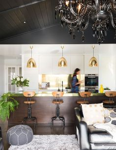 Inside Augustine designer Kelly Coe's St Heliers home Home And Living, Living Room, Interior Styling, Interior Design, Inside Home, Queen, Interior Inspiration, Home Office, Bar Stools