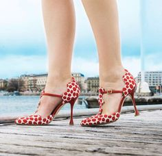 258854b2940 Don t miss the best Manolo Blahnik heels