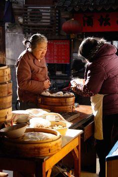 Life on Nanchang Lu: Shanghai Street Food