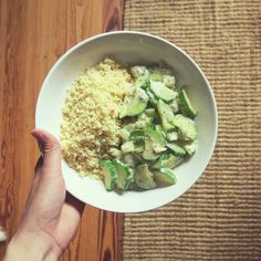 My dinner the other day, zucchinis from my grandma's garden in a creamy dill sauce with simple couscous. Of course all vegan #vegandinner #dinner #vegan #plantbased #eatclean #cleaneating #govegan #veganfood #veganfoodshare #whatveganseat #healthy #healthyfood #vegangirl #veganism #organic #veggies #onmytable #grandmaisthebest #food #foodblog #vegetables #zucchini #dill #couscous