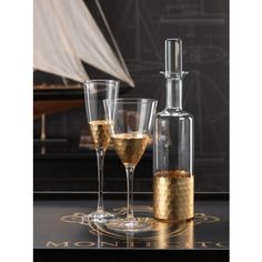 THE WELL APPOINTED HOUSE - Luxury Home Decor- Fez Cut Glassware with Gold Leaf Trim-Champagne Flute or Red Wine Glass Available from www.wellappointedhouse.com #homedecor #decorate #redecorate #bar #barware