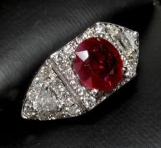 RAVISHING 18k Ruby Ring with 1.04cts of Trillion & Round Cut Diamonds