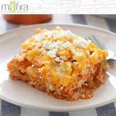Hoy comeremos lasagna de pollo con chipotle pues el jitomate ayuda a reducir el colesterol, cuidando nuestra salud cardiovascular. #Mafira