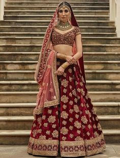Latest Bridal Lehenga Designs by Sabyasachi - Fashion Foody Designer Bridal Lehenga, Indian Bridal Lehenga, Indian Bridal Outfits, Indian Bridal Wear, Indian Dresses, Bridal Dresses, Bridal Lenghas, Sabyasachi Lehenga Bridal, Wedding Gowns