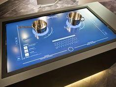Net als alle andere aspecten in huis kan de keuken niet achterblijven voor 'connectivity'. Als gebruiker kun je met de apparaten communiceren en ze wisselen ook onderling informatie uit die het bereiden van gerechten vereenvoudigt.