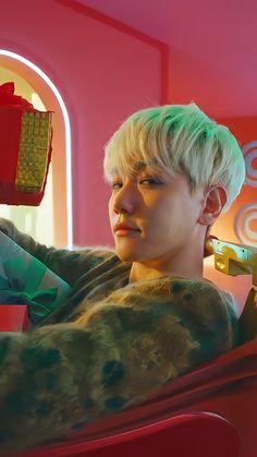 Baekhyun Selca, Baekhyun Chanyeol, Exo Ot12, Chanbaek, Baekhyun Wallpaper, Exo Lockscreen, Kai, Kpop Exo, Asian Celebrities
