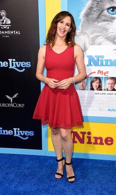 "Jennifer Garner looked ravishing in red at the Hollywood premeire of her new film ""Nine Lives."""