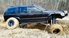 My Jeep Addiction Truck Flatbeds, Big Rig Trucks, 1999 Jeep Grand Cherokee, Jeep Zj, Custom Jeep, Cool Jeeps, Jeep Renegade, Jeep Life, Boy Toys