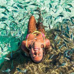 """Selfie Pelo Mundo on Instagram: """"Qual dessas 2 fotos chama mais sua atenção?a 1 ou a 2? Conta pra gente nos comentários💚 🌎✔️Porto de galinhas - Brasil 📷@viccsilva…"""" Thing 1, Foto Pose, Summer Photos, Tumblr Girls, Beach Pictures, Beach Trip, Life Is Good, Photo And Video, Photography"""