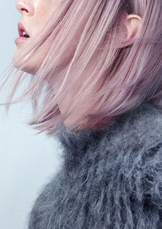 A Temporary Hair Color Guide For Beginners, Courtesy Of The Manic . A Temporary Hair Color Guide for Beginners, Courtesy of the Manic pink color hair - Pink Things Pale Pink Hair, Pink Hair Dye, Dyed Hair Pastel, Hair Color Pink, Rose Pastel, Pink Purple, Lilac, Hair Styles 2016, Short Hair Styles