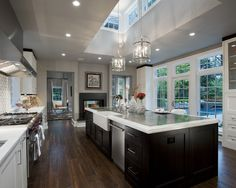 Love the interplay of lights and darks in this kitchen.